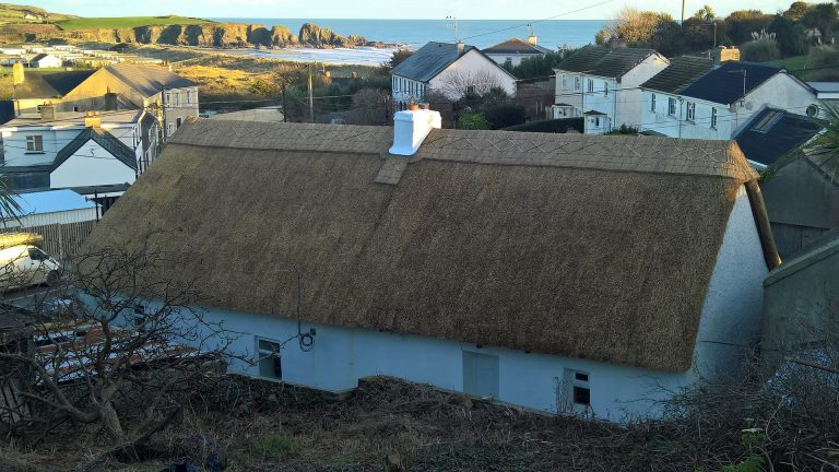 Thatching in Ireland - Thatched by Mike Davies and Andy Stevens